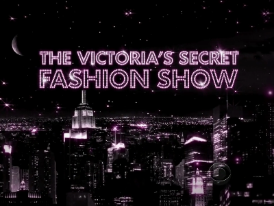 victorias-secret-fashion-show-2010-video