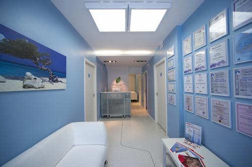 Вы просматриваете изображения у материала: Эстэо, стоматологическая клиника