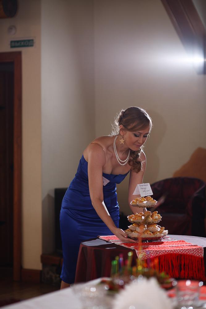 Вы просматриваете изображения у материала: Мисс гостеприимная невеста